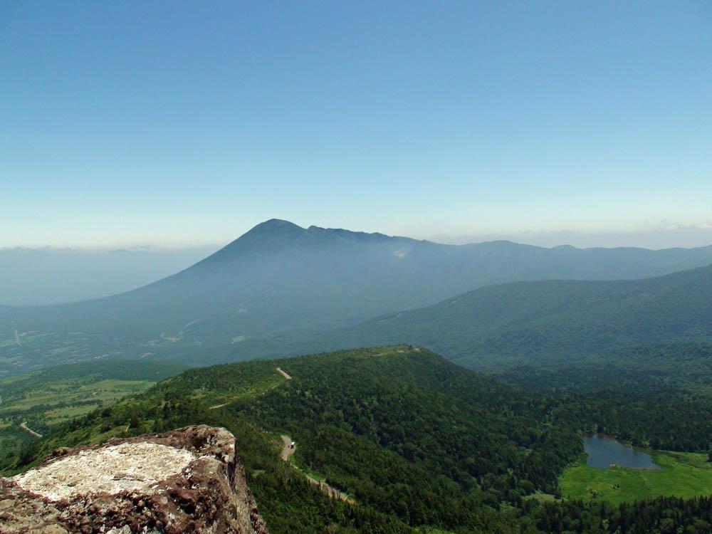 岩手山・茶臼岳山頂より