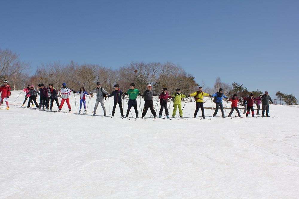 多くのスキーファンが
