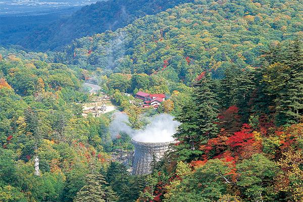 松川地熱発電所と松川温泉